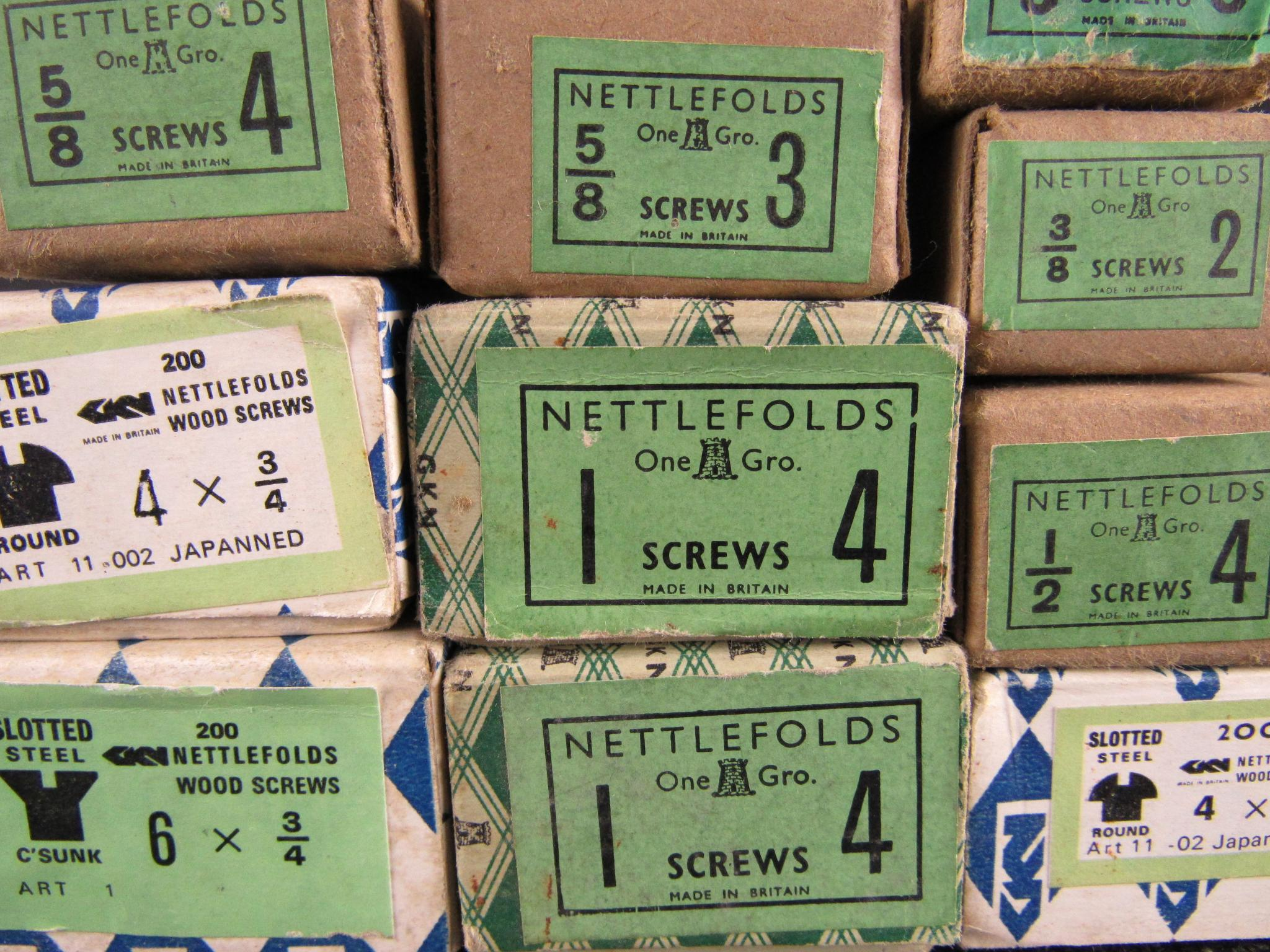NETTLEFOLDS Steel Screws (Qty 25)