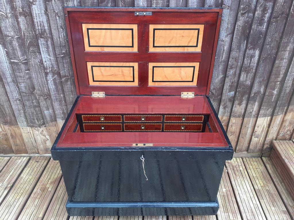 Sheard, Binnington & Co Cabinet Makers Chest