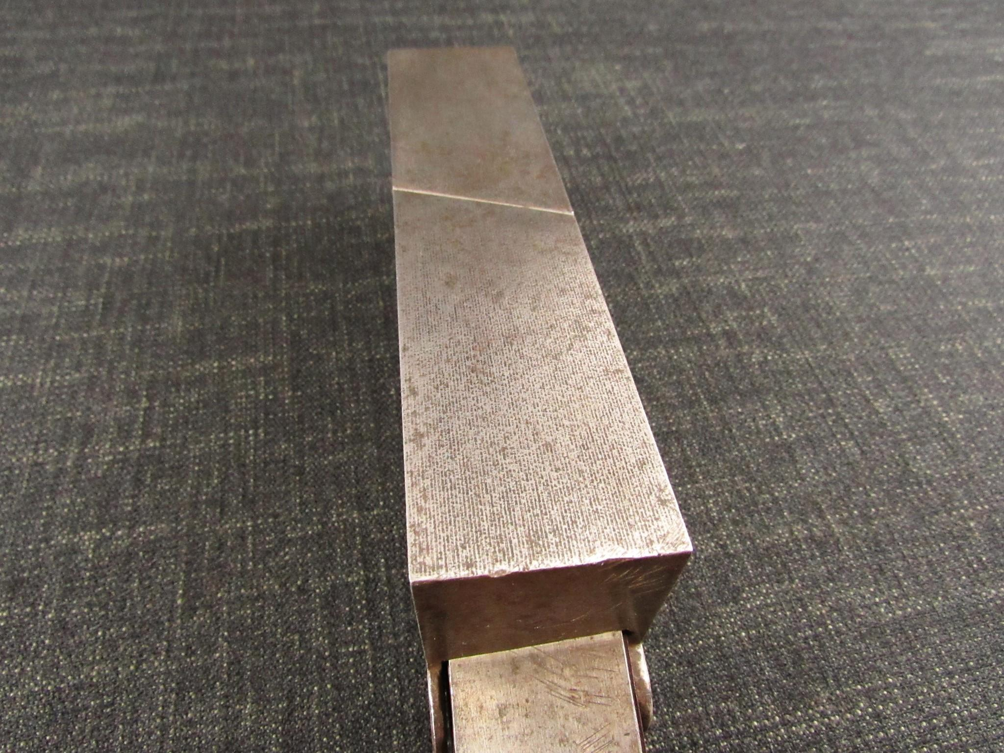 Unique Skewed Infill Shoulder Plane
