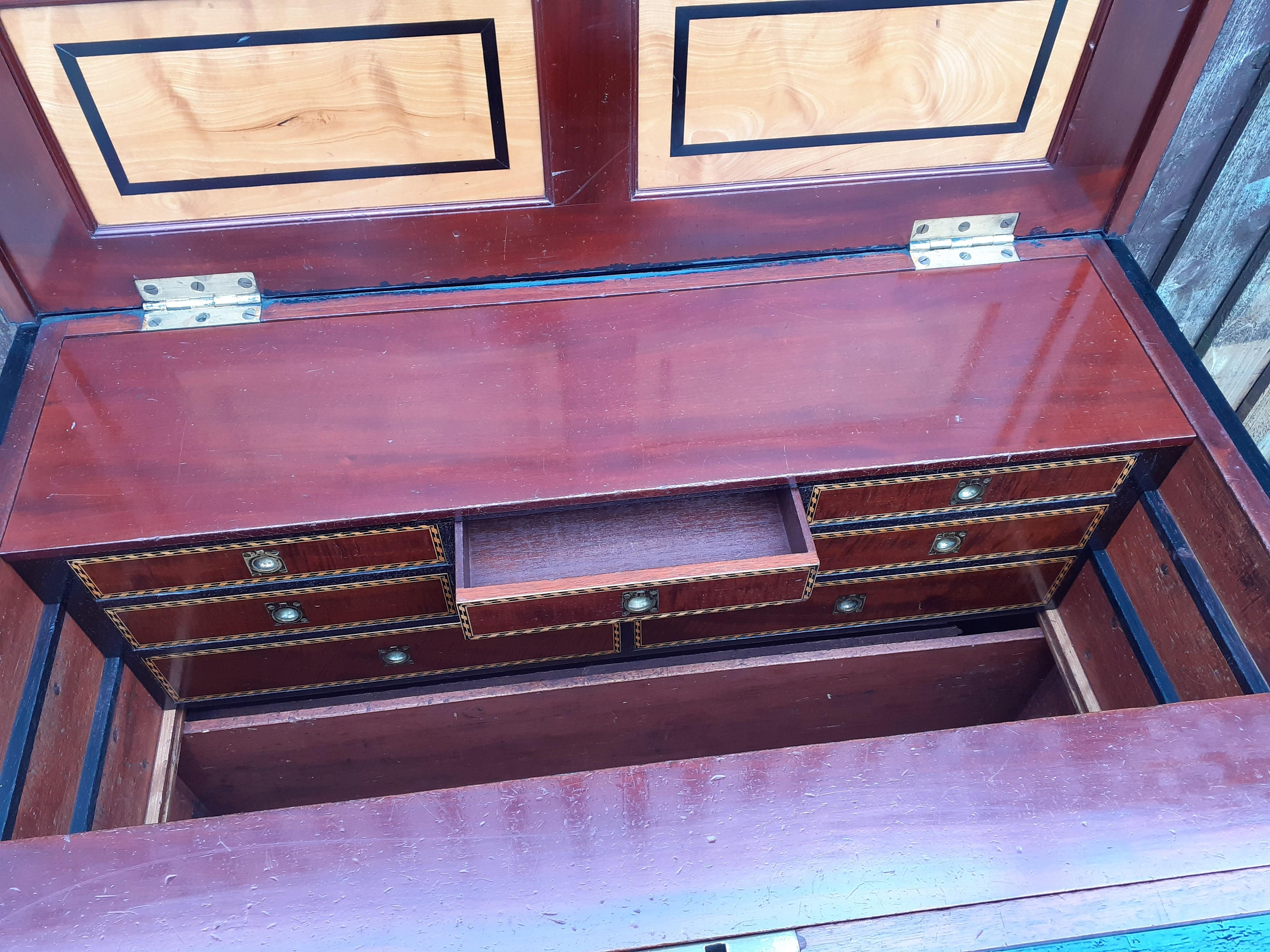 Sheard, Binnington & Co Cabinet Makers Chest
