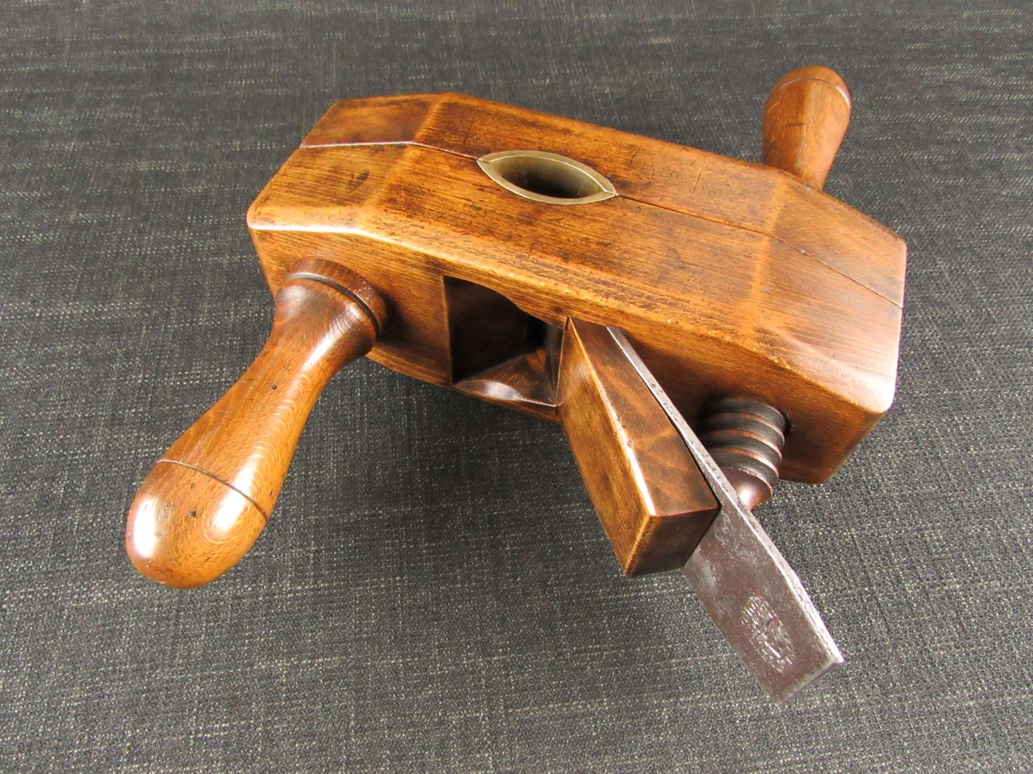 VARVILL Large Adjustable Rounder Plane - Stail Engine