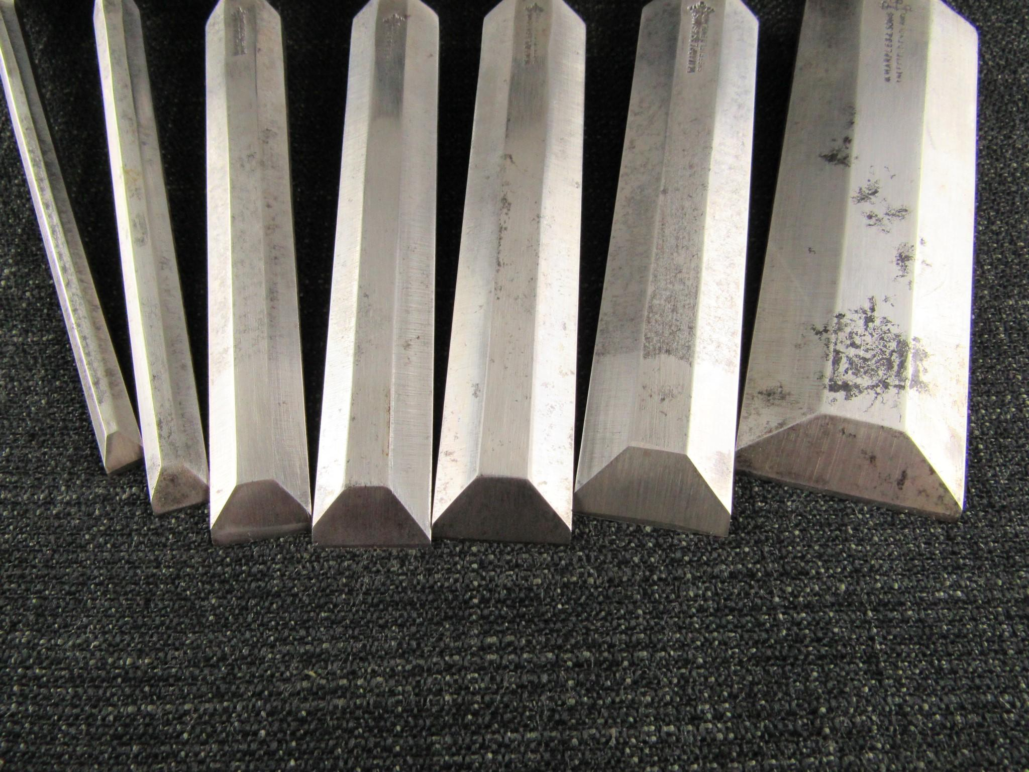 Graduated Set of 7 MARPLES Bevel Edge Socket Cabinet Chisels