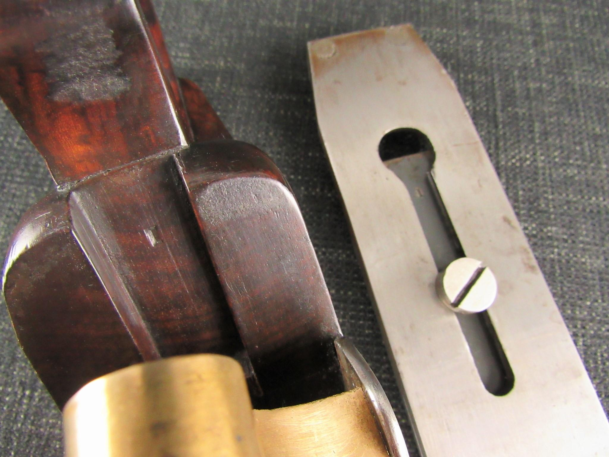 Rare Closed Handle SPIERS Dovetailed Smoothing