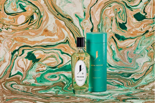 Pictured: Agua Vetiver by Claus Porto