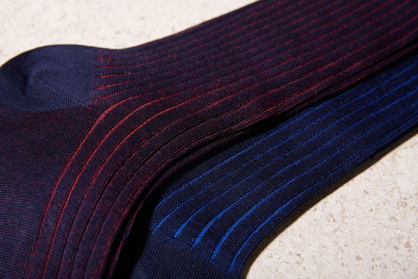 Bresciani cotton socks in blue and red stripes. Large view.