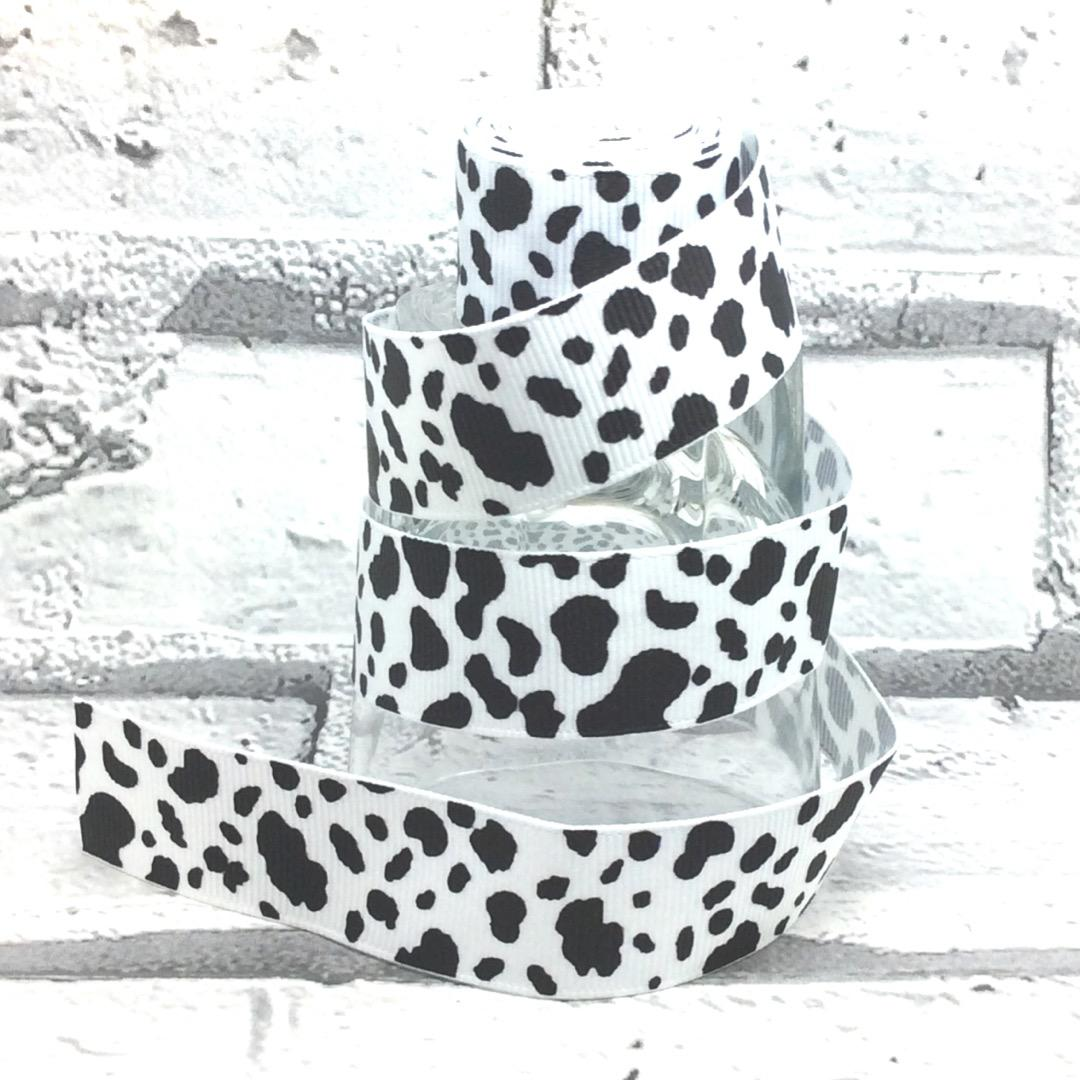 Black and white animal print dog collar