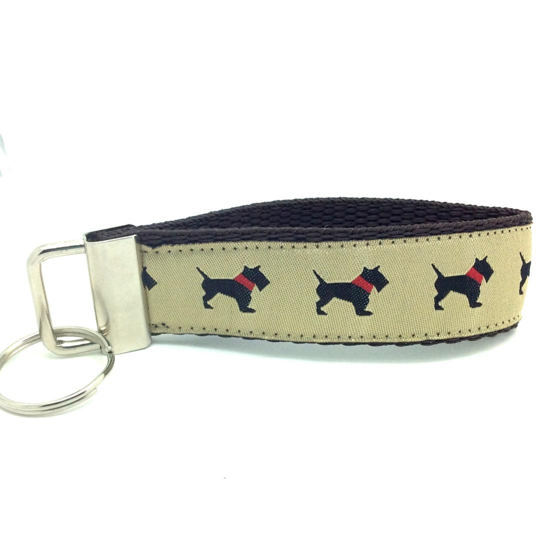 Dog key fob westie scottie