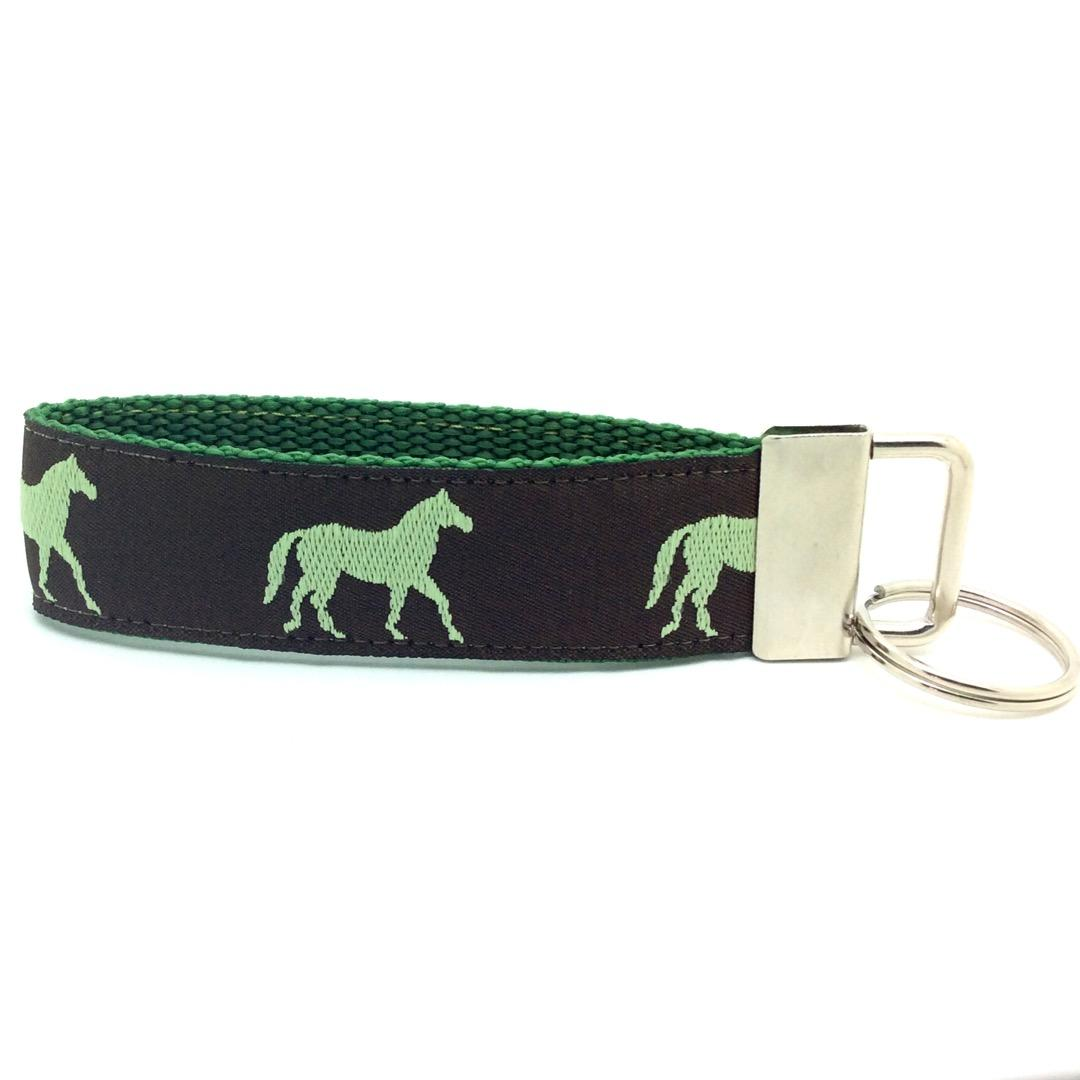 Horse key fob brown and green