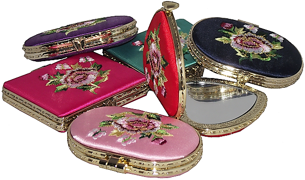 Compact mirrors with embroidered Chinese floral patterns,