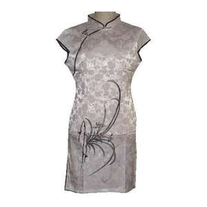 Ladies sleeveless Chinese dress with lotus flower patterns,