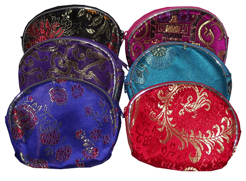 Small Chinese purse with silk brocade floral patterns,