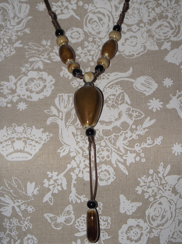 Stylish Chinese fashion necklace with painted ceramic beads,