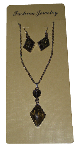 Fashion jewellery set with black and gold rhombus pendants,