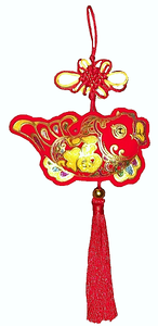 Large Chinese knot with a single red and gold wealth fish,