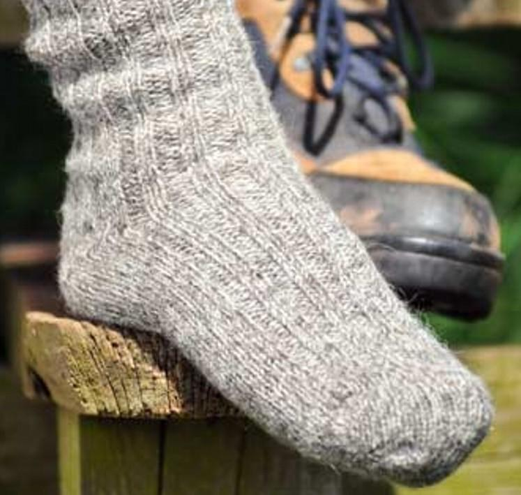 MEN'S WALKING SOCKS