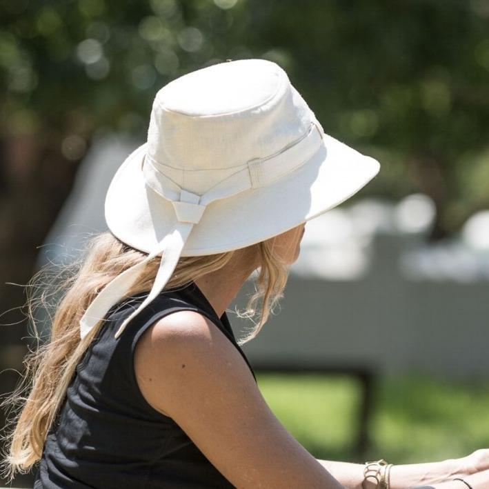 Tilley Women s Hemp Cloche Hat TH9 Natural b284f2cf1812