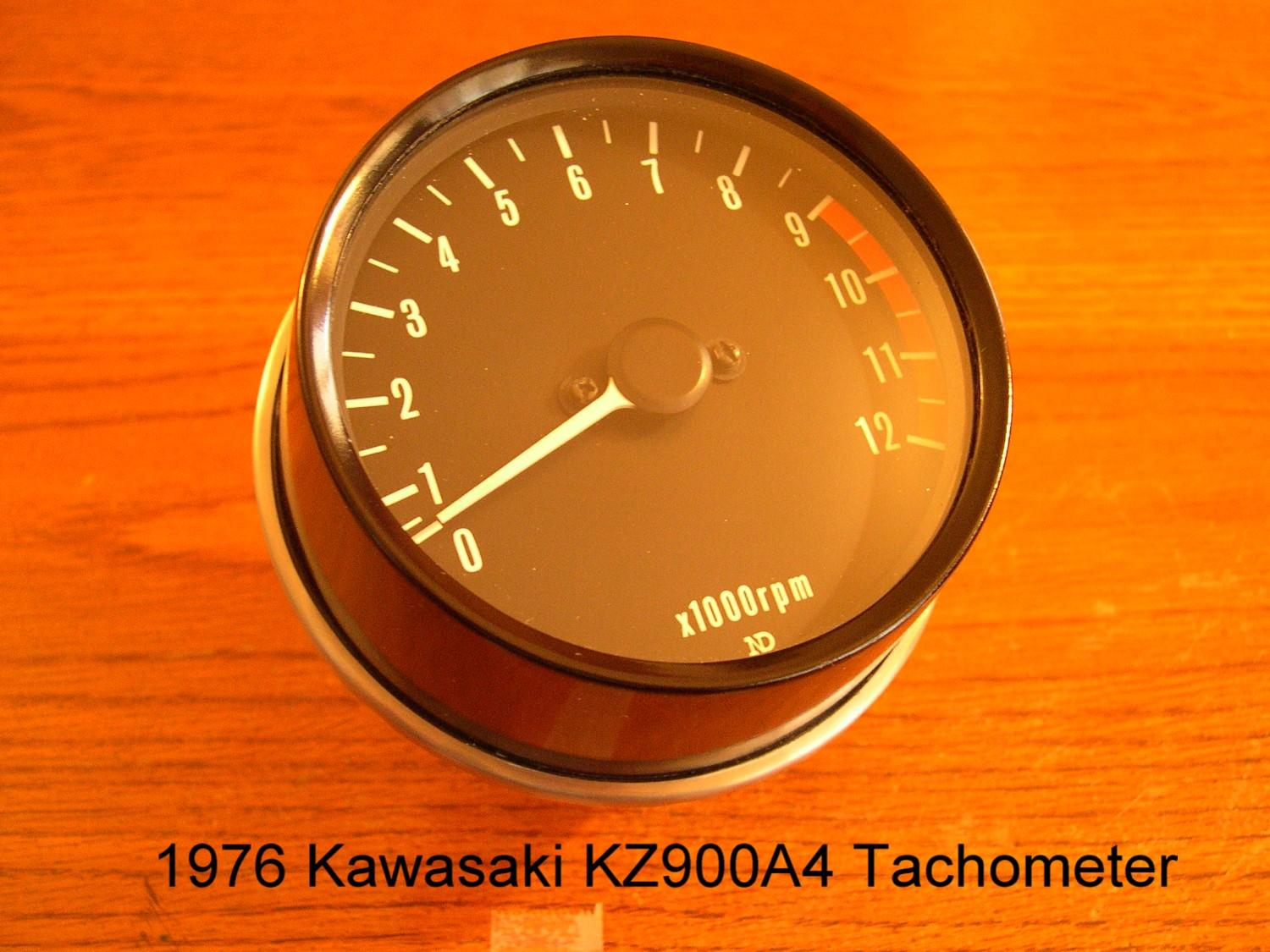 1976 tacho:with the arrival of the z900-a4, kawasaki dropped the brake  light warning light in the tachometer  the redline remains at 9,000rpm