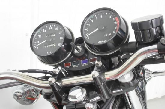 1972/1973 speedo:the 1972/1973 z1 speedometer is identified by the  following features  the numbering on the face is in 20 mph increments