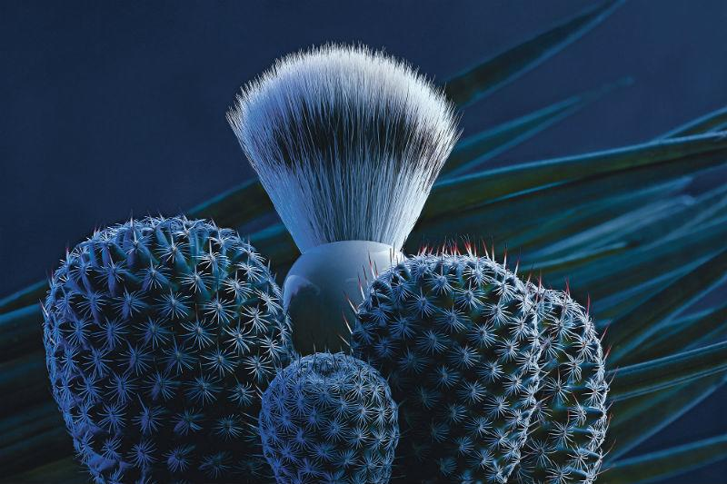 The SOPHIST Porcelain Silvertip Fibre Brush