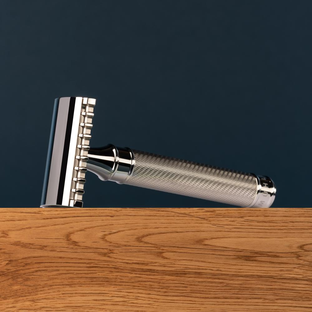 Pictured: The Stainless Steel R41GS by MÜHLE