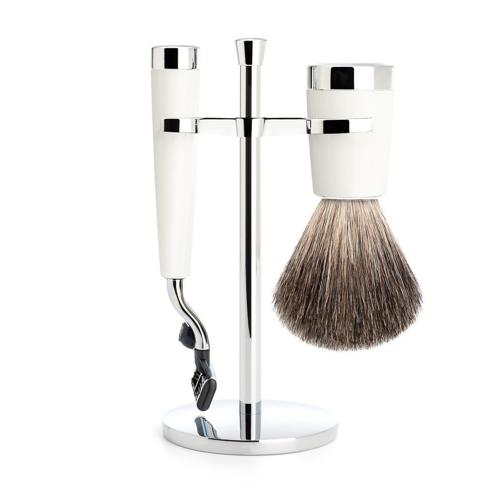MUHLE LISCIO White 3-piece Pure Badger Brush and Mach3 Shaving Set - S81M147M3