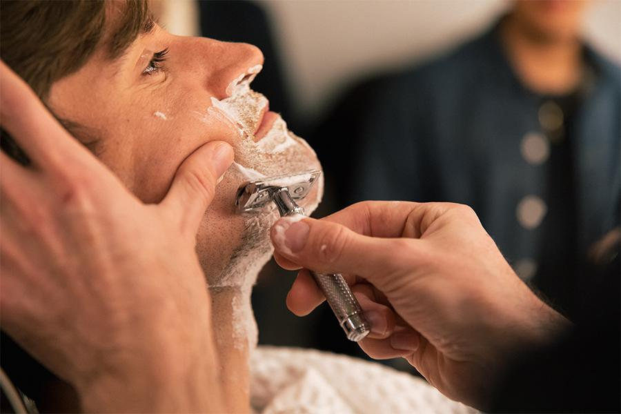 The Beginner's Guide to Shaving with a Safety Razor