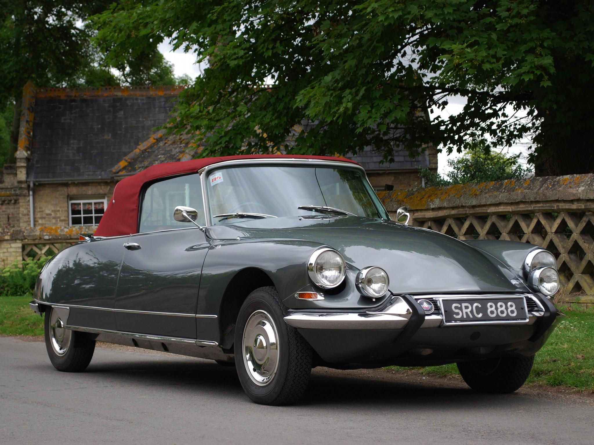 1965-citroen-ds21-cabriolet-001-3490.jpg