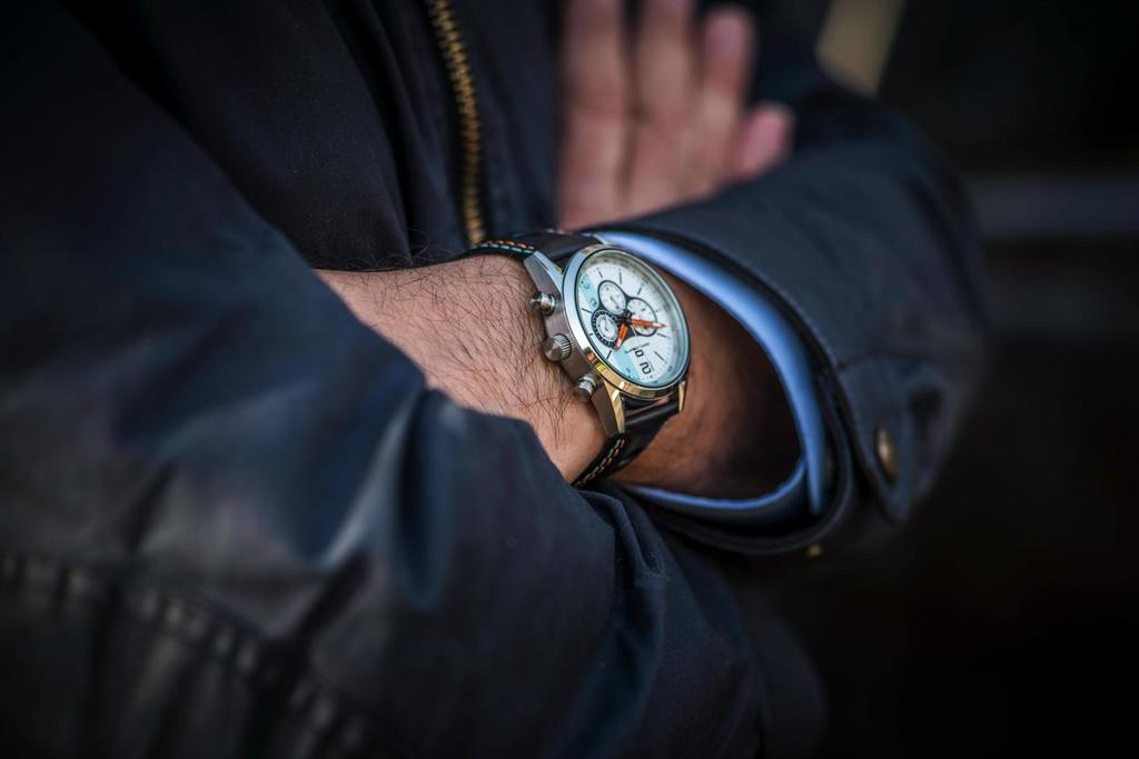Mechanical watches vs smart devices for your wrist.