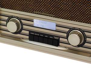 The soundmaster NR920HBR Retro FM / DAB Radio is a great retro styled choice for anyone looking simply for FM & DAB Radio