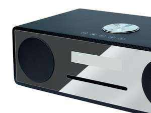 Zoomed Angled view of soundmaster DAB950CA DAB Radio HiFi System with Bluetooth