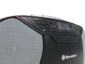 zoom view of speaker front of Roadstar RCR-777UD+