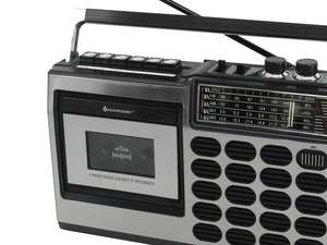 oundmaster RR18SW Retro Radio Cassette Recorder Zoomed in Shot