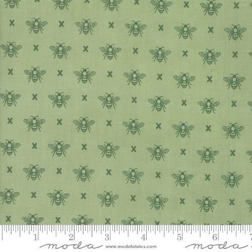 Moda Fabric - Garden Variety - Grass Queen Bee