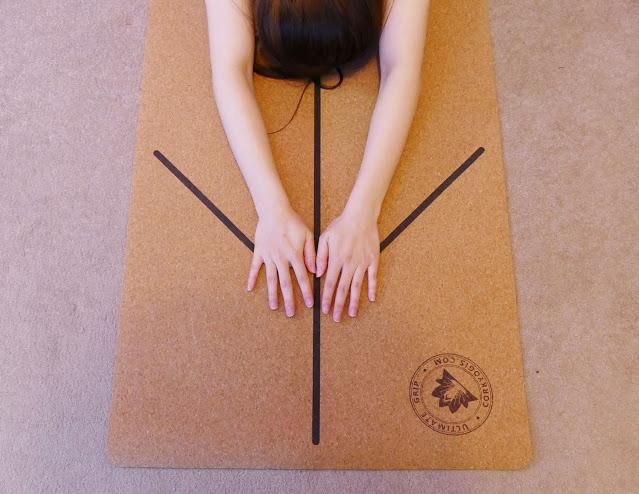best cork yoga mat, cork yoga mat alignment lines, cork yoga mat uk review, Cork Yogis, Cork Yogis uk, Cork Yogis yoga mat, CorkYogis Review
