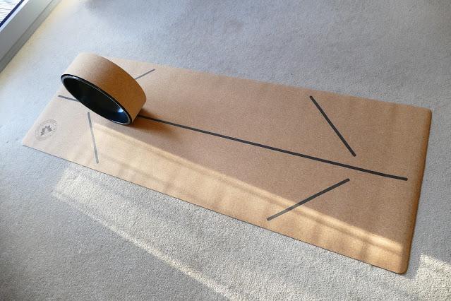 UK Best Cork Yoga Mat lines antibacterial and ultimate grip