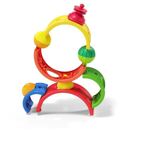 Colourful play beads and arch shapes that snap together.