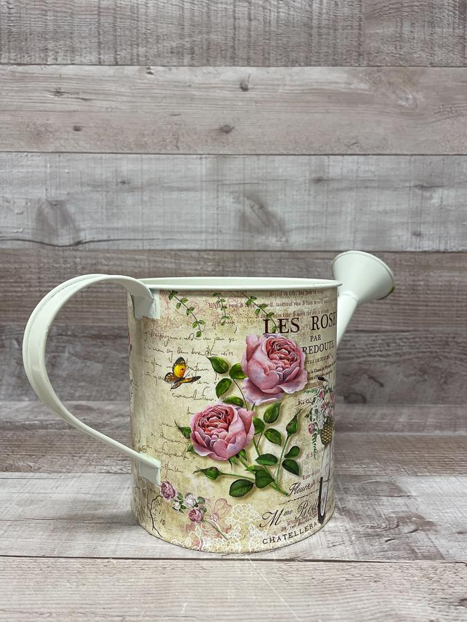 SHABBY CHIC STYLE METAL DECORATIVE WATERING CAN19-02-2021 at 15.04.54 2.JPG