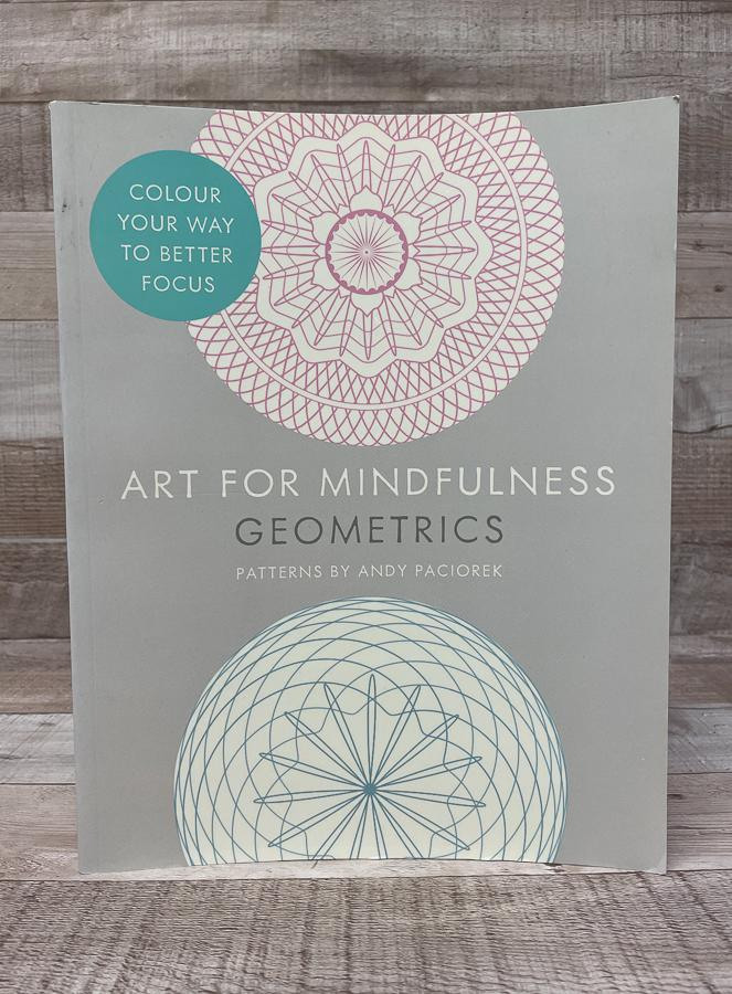 ART FOR MINDFULNESS GEOMETRICS CLOURING BOOK.JPG