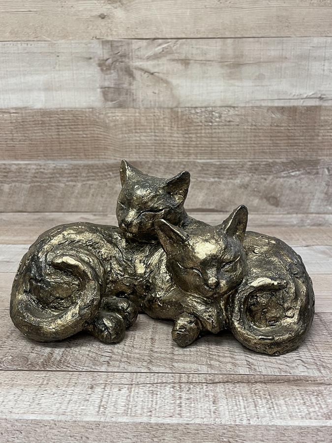 BRONZE EFFECT TWO SLEEPING CATS ORNAMNENT26-02-2021 at 13.25.36 2.JPG