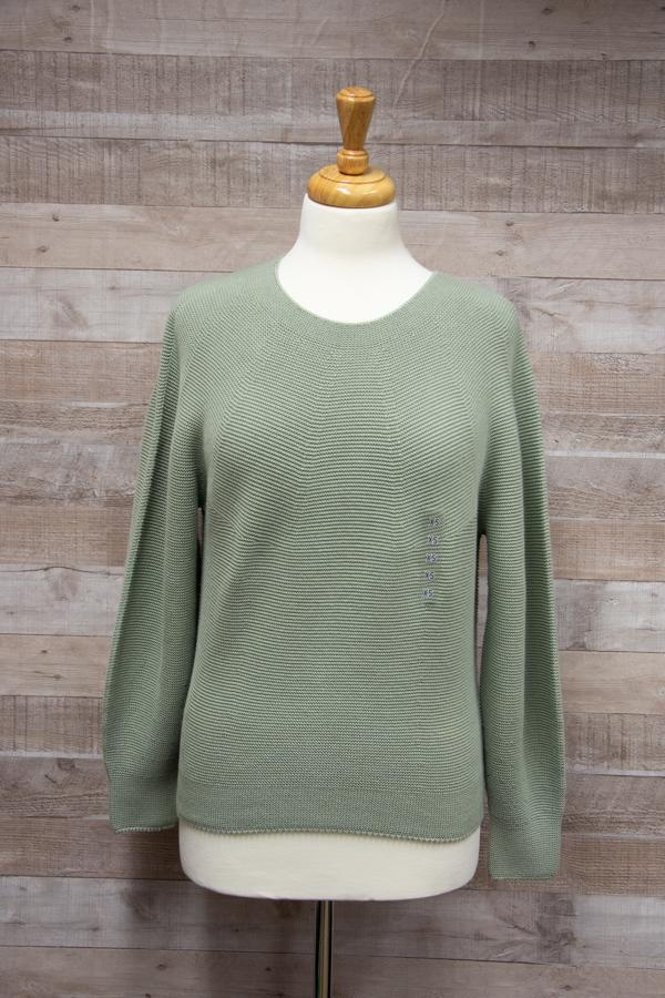 Uniqlo Light Green Ladies Round Necked Cotton Knit Jumper Size XS02-02-2021 at 13.00.03 2.jpg