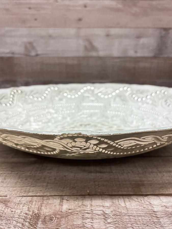 LARGE WHITE AND SILVER COLOURED DECORATIVE DISH19-02-2021 at 15.02.32 2.JPG