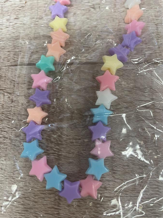 PASTEL STARS PLASTIC BEAD CHILDS NECKLACE AND BRACELET SET19-02-2021 at 14.40.08 2.JPG