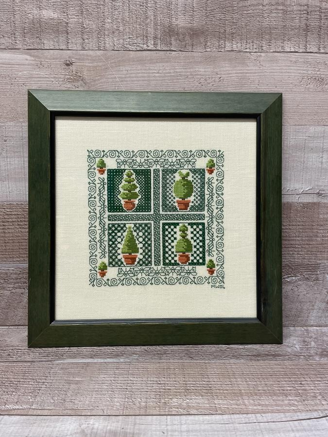 FRAMED TOPIARY THEMED CROSS STITCH 28CM X 28CM26-02-2021 at 13.37.31 2.JPG