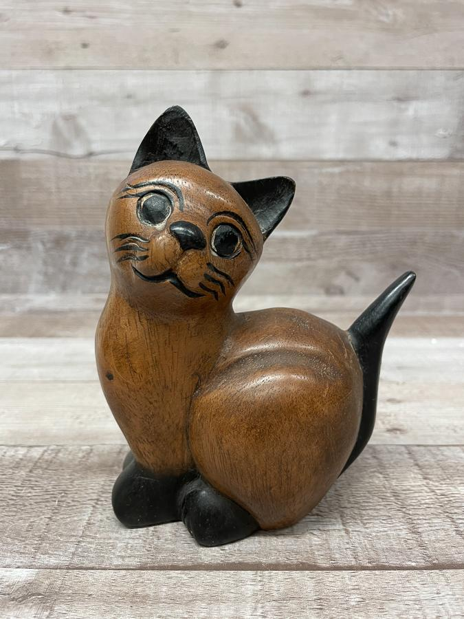 SMALL WOODEN SITTING CAT ORNAMENT26-03-2021 at 14.56.16 2.JPG
