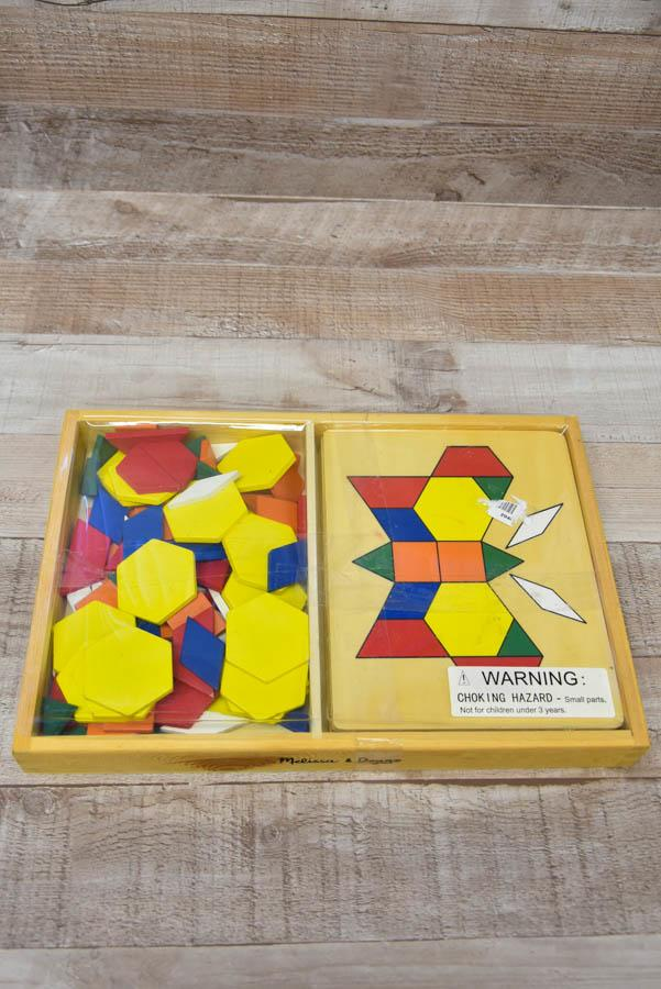 Melissa and Doug Pattern Blocks and Puzzle Set22-01-2021 at 14.37.27 4