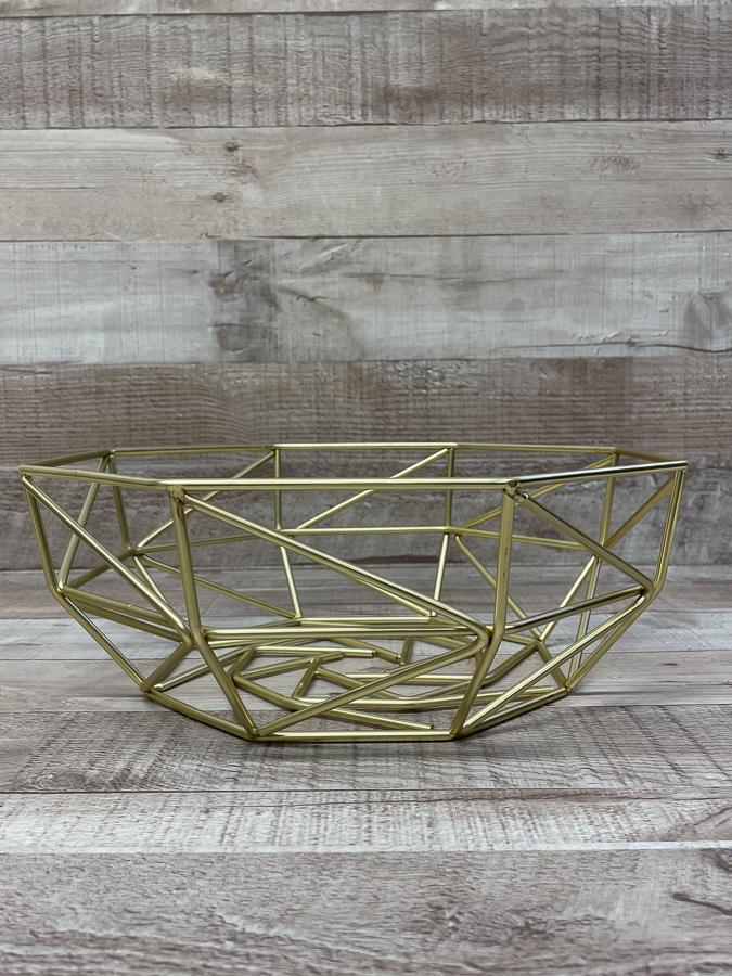 VONCHEF GOLD METAL GEOMETRIC STYLE FRUIT BOWL26-02-2021 at 13.31.58 2.JPG
