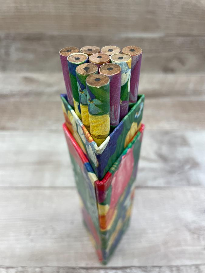 BOXED SET OF TEN FLORAL PENCILS30-03-2021 at 14.54.04 2.JPG