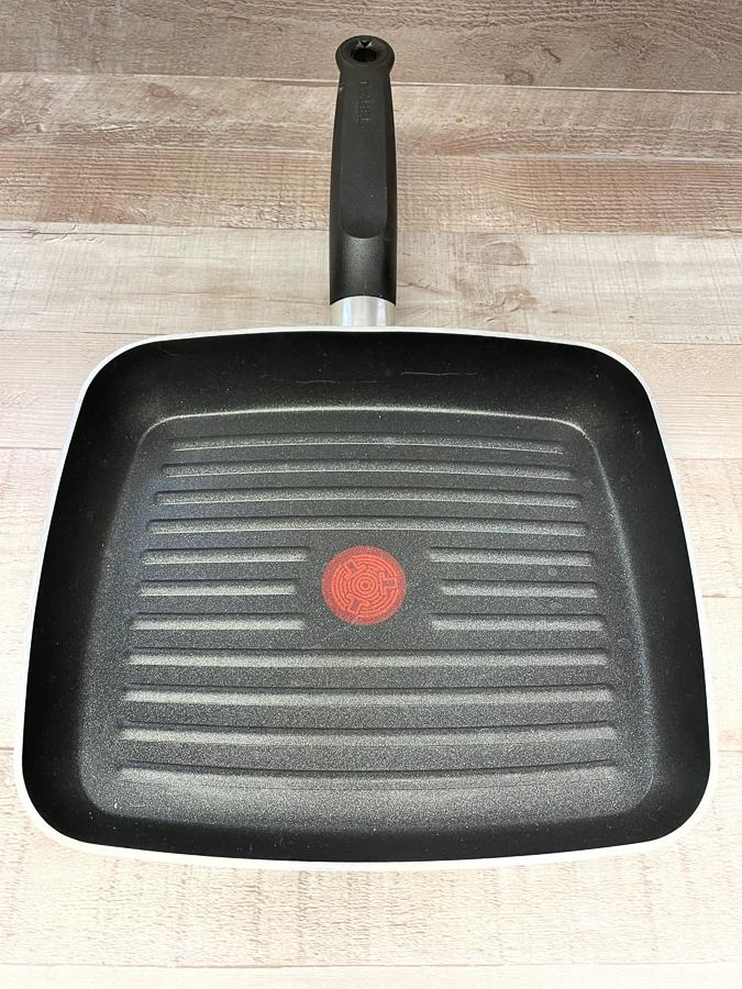 TEFAL NON STICK GRIDDLE PAN26-03-2021 at 14.36.18 2.JPG