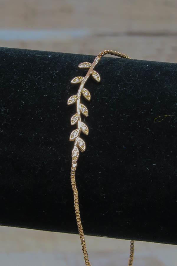 Wishes Rose Gold Coloured Box Chain Bracelet with Branch and Leaf Design29-01-2021 at 14.55.08 3.jpg
