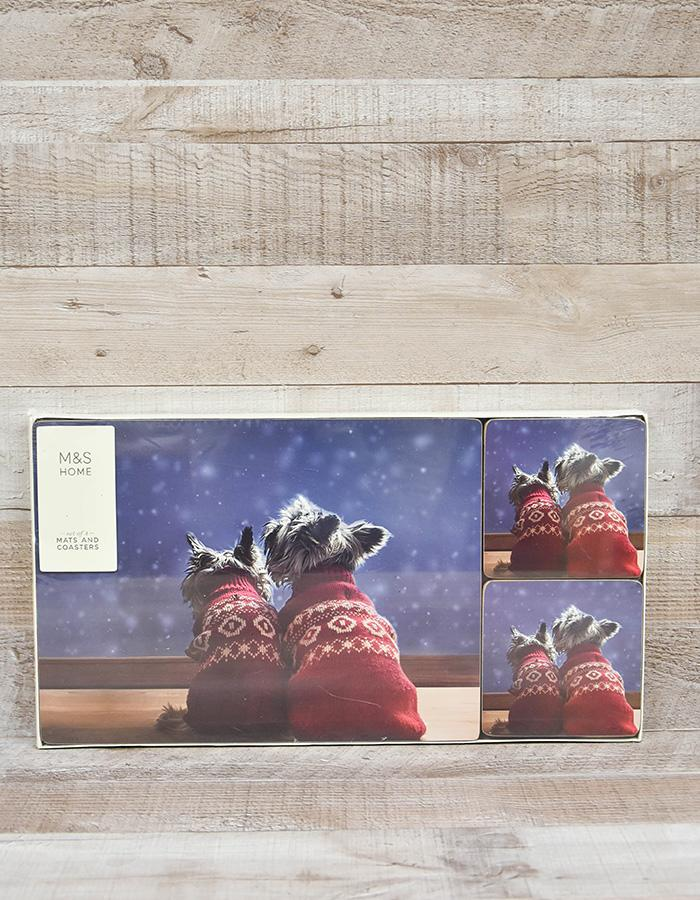 MARKS AND SPENCER SET OF FOUR PLACE MATS AND COASTERS WITH TWO DOGS IN JUMPERS